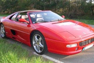 Descubierto en Italia un Ferrari pirateado