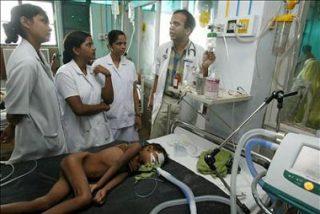 Al menos 300 muertos por un brote de encefalitis en el norte de la India