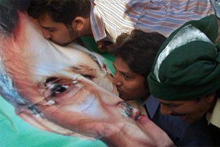 Musharraf promete restaurar la democracia tras las elecciones generales