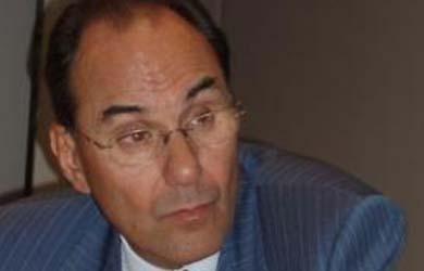"""Vidal Quadras: """"El PP debe aclarar explícitamente si acepta el cambio de régimen de ZP"""""""
