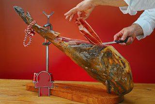 El jamón ibérico llega por primera vez de forma legal a EEUU