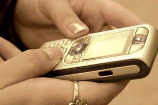 Dos niños reciben tratamiento por adicción al teléfono móvil y al messenger