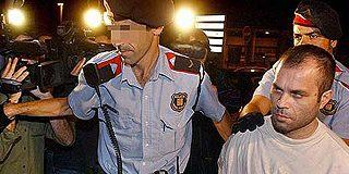 El presunto violador y asesino de dos policías en L'Hospitalet reitera su inocencia