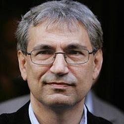 Orhan Pamuk: `No me he exiliado a Estados Unidos, sigo viviendo en Estambul´