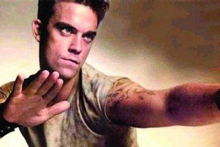 Robbie Williams sacude a diestro y siniestro