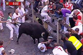6º encierro: Carrera larga, muy peligrosa con toros descolgados