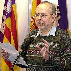 Lluís Maria Xirinacs, ex cura, ex antifranquista y amigo de ETA