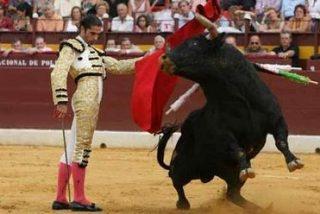 Ponce se lesiona en una tarde triunfal de Javier Conde y El Juli