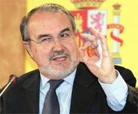 Solbes reta a Pizarro a un debate «para saber realmente lo que quiere»