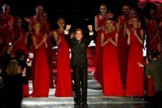 Valentino, ovacionado tras su última presentación