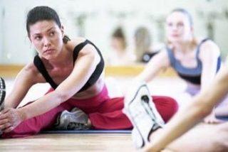 Buena forma física con 15 minutos de estiramientos al día