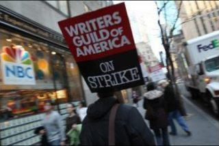 Los guionistas norteamericanos en huelga 'desinflan' los Globos de Oro