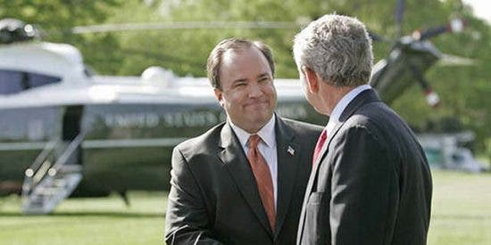 El ex portavoz de Bush anuncia que votará a Obama
