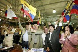 Entra en vigor la nueva Constitución de Ecuador y se deroga la antigua Carta Magna