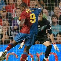 Eto´o da la victoria al Barcelona en Bilbao