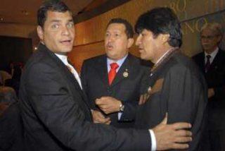 Correa y Chávez pasan revista a sus acuerdos bilaterales junto a Morales