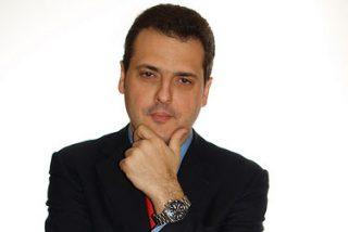 Iñaki Piñuel, ganador del premio EVERIS 2008 al mejor ensayo.