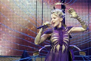 Kylie Minogue dice estar feliz con su gira por Suramérica