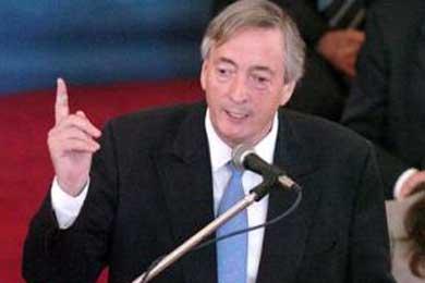 """Néstor Kirchner se juega el """"pescuezo"""" político en las legislativas argentinas"""