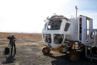 """El nuevo """"coche"""" de la NASA: grandes distancias sin incómodos trajes"""