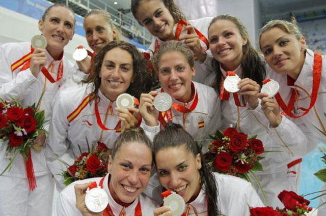 El equipo español de natación sincronizada será las burbujas de Freixenet