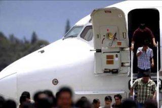 Cuatro panameños vuelven a su país tras ser deportados de EE.UU