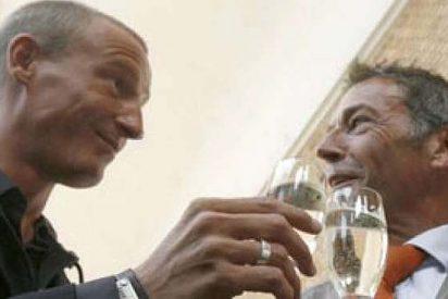 Echan al sucesor de Jörg Haider por revelar que ambos mantenían una relación gay