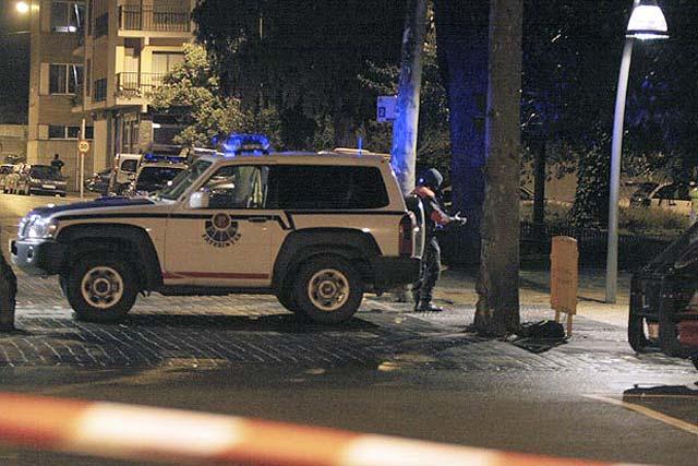 Los terroristas de ETA explosionan una pequeña bomba en los juzgados de Tolosa