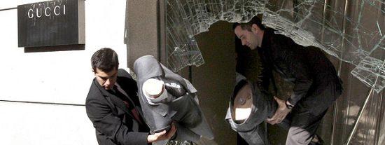 Detienen a siete personas acusadas de más de 70 alunizajes