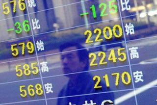 La caída de las bolsas asiáticas sume al mercado en el pesimismo