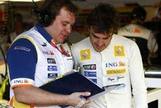 Alonso reitera que no hay posibilidades de fichar por Ferrari