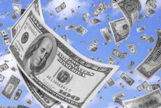 """Creía que los 175.000 dólares que aparecieron en su cuenta eran """"un regalo de Dios"""""""