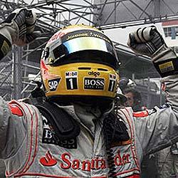 Lewis Hamilton, campeón del mundo en la última curva