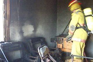 Incendian intencionadamente un garaje en el que vivía un grupo de inmigrantes