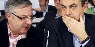 """Blanco acusa al """"círculo de Rajoy"""" de difundir que el PSOE busca una mujer o un gay para sustituir a Zapatero en 2012"""