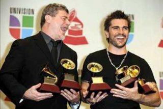El colombiano Juanes, rey de la ceremonia de los premios Grammy Latino