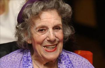 María Isbert , 8 décadas sobre los escenarios