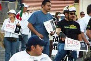 Unas 2.000 personas marchan contra la violencia en Tijuana, México