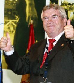 "El alcalde de Getafe se apunta al ""club del Audi"""