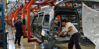 2700 trabajadores de Peugeot Renault, se irán a la calle
