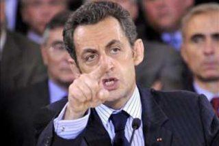La prensa francesa destaca el cambio con Obama y su carácter histórico