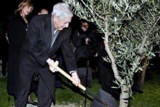 "Vargas Llosa cree que la crisis estimula la literatura, ""que inicia una buena época"""