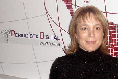 """Ángela Vallvey: """"El Ministerio del Interior podría tomar nota de la web que aparece en mi libro"""""""