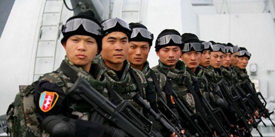 China moviliza a su Armada para combatir a los piratas somalíes