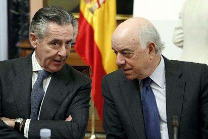 Los expertos no creen que las fusiones sean la panacea que salve a la banca española