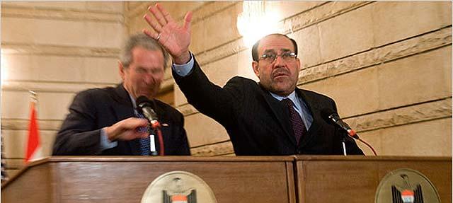 Un millonario iraquí ofrece US$100.000 por zapatos lanzados a Bush