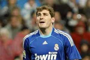 """Casillas le baila el agua a Schuster: """"No estamos capacitados para ganar títulos"""""""