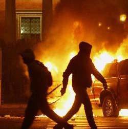 Se calman los enfrentamientos entre manifestantes y policía en Grecia