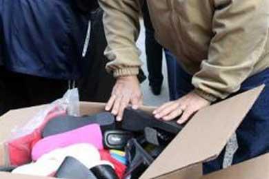 """Cáritas lanza llamamiento """"desesperado"""" para obtener ropa para inmigrantes"""