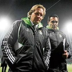 Calderón fulmina a Schuster